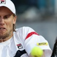 L'italiano altoatesino Andreas Seppi è stato eliminato all'Atp di Pechino per due set a zero dall'americano Querrey. Appare decisamente fuori forma rispetto all'ultimo incontro dove aveva battuto il francese Benneteau....